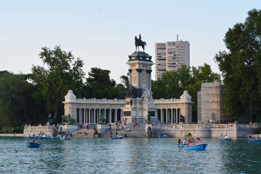 A guide to the Retiro park in Madrid