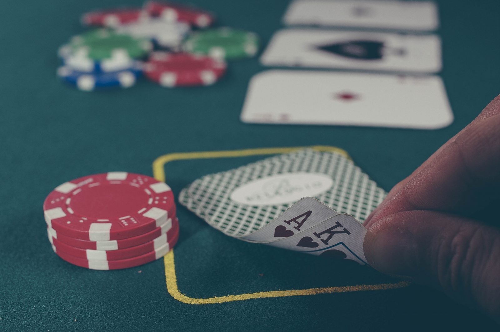 Where to play live poker in Madrid